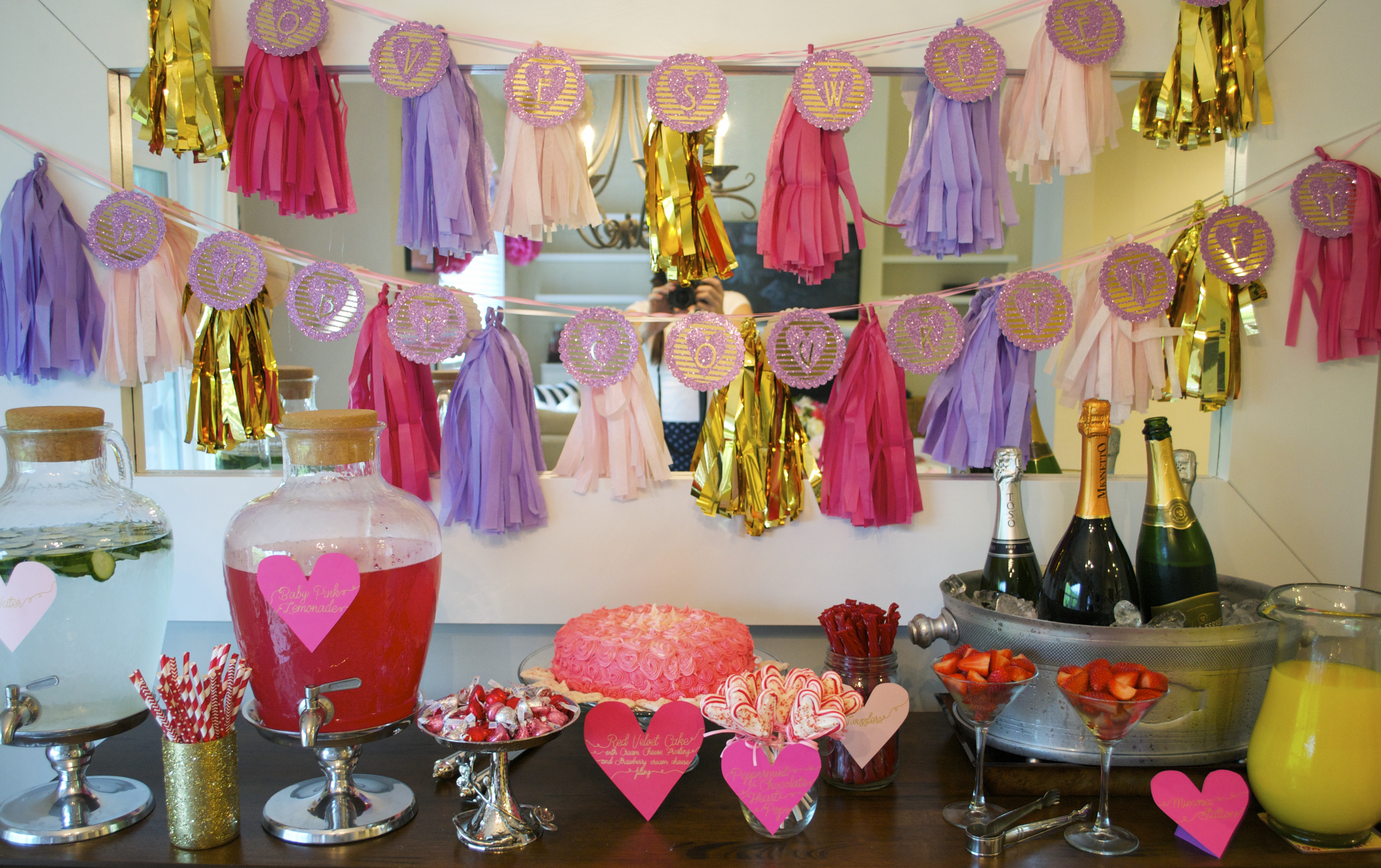 Fabulous How To Make Tissue Paper Pom Poms Fun And Easy Party Home Interior And Landscaping Ologienasavecom